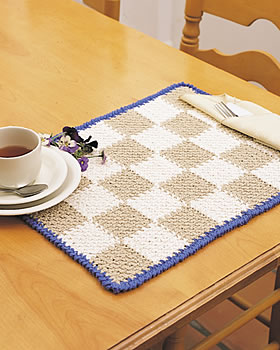Free Printable Crochet Placemat Patterns : Easy Checkerboard Placemat FaveCrafts.com